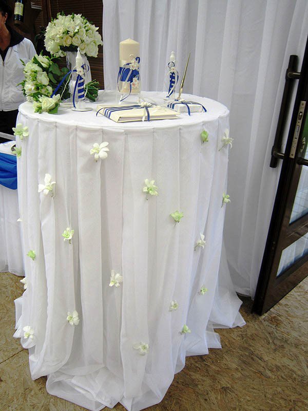 Стол для регистрации брака 183
