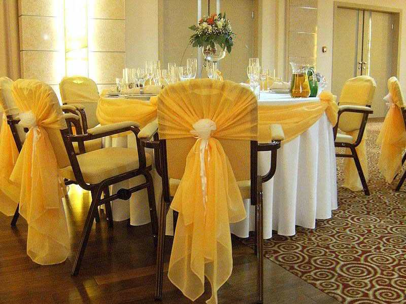 Как украсить стулья на свадьбу своими руками бюджетный