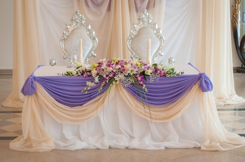 Оформление свадебного стола для молодоженов своими руками фото 847